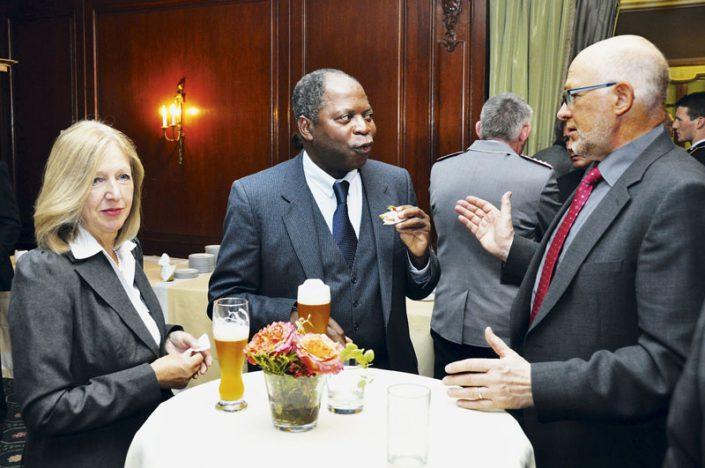 Internationales Publikum beim Dialogforum Sicherheitspolitik 2012